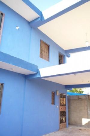 se renta amplia, fresca y nueva casa en chetumal