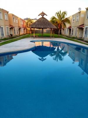 permuto casa en acapulco por terreno en centro de tlalnepantla est mex